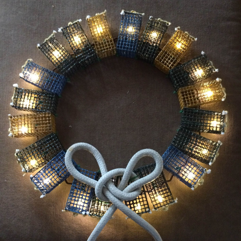 Colored Lobster Trap Wreath with White Rope Lighted
