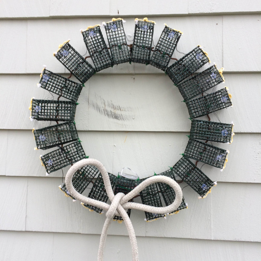 Green Lobster Trap Wreath with White Rope Bow