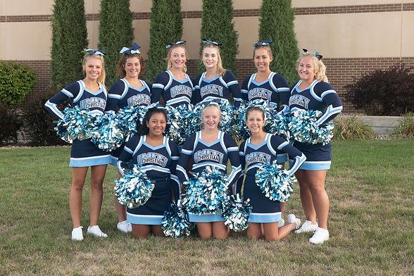 '21 Cheerleaders.jpg