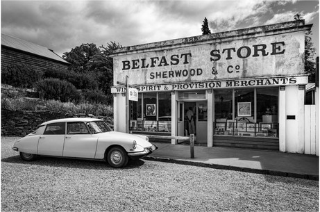 Classic Citroen and Belfast store in Cromwell...
