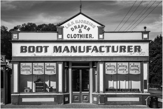 Boot maker building, Naseby...