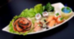 Barco sashimis e sushis do rodízio