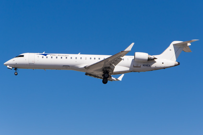N54EA Elite Airways CRJ700