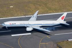 B-7869 Air China B777-300