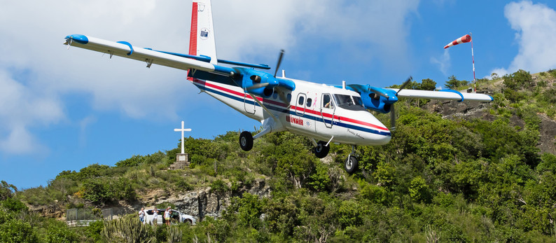 Daytrip to special Airport of St. Barth