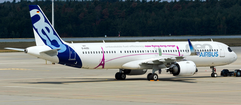 Airbus A321NEO Prototyp arrived at Dresden (DRS) for modification work at EFW