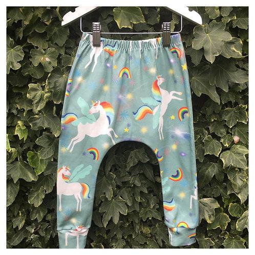 Pegasus Slim Harem Leggings