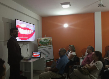 Dr. Fernando dá aula sobre o CEREC em Santos