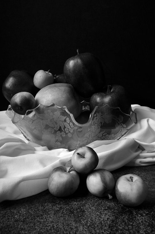 Apples I. Black & White. From the bodegon series
