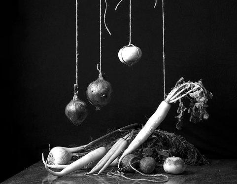 Bodegón de verduras III. Black & White, 2015