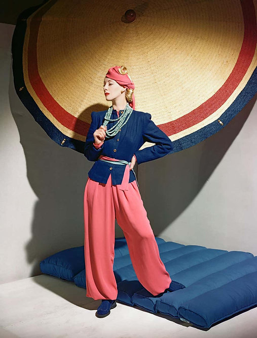 Fashion in Color - Helen Bennet, Ensemble Bergdorf Goodman, 1939 (Small size)