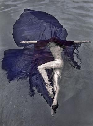 Submerged Petal ed. 2/5