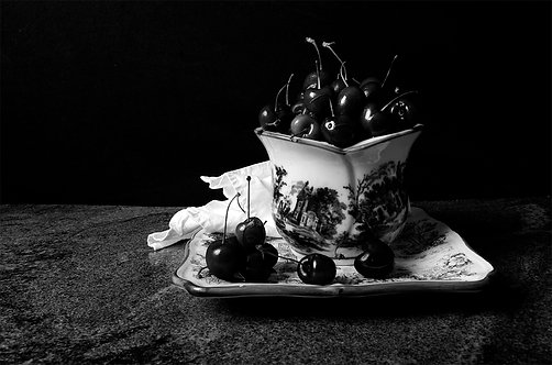 Cerezas. Black & White. From the bodegon series, 2015