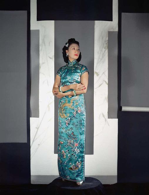 Fashion in Colour - Madame Wellington Koo, NYC, 1943 (Small size)