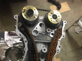Installing and synchronizing timing chain on the engine.