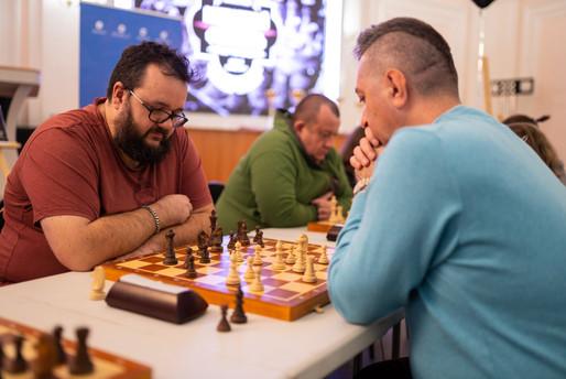Турнир поколений по шахматам