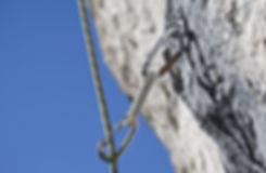 Fels mit Seil 72dpi.jpg