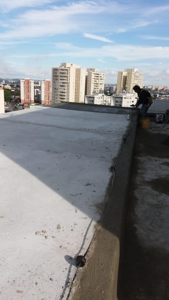proteção_mecanica_de_transição_acabada_sobre_a_impermeabilozação.jpg