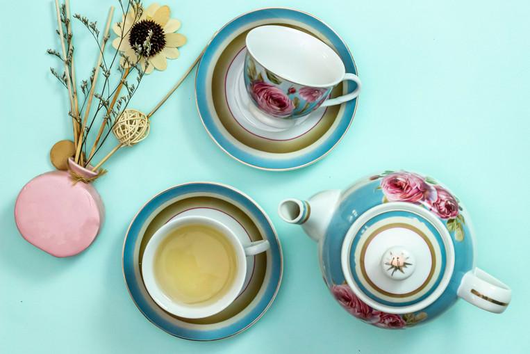 Tea-set-10x7.jpg