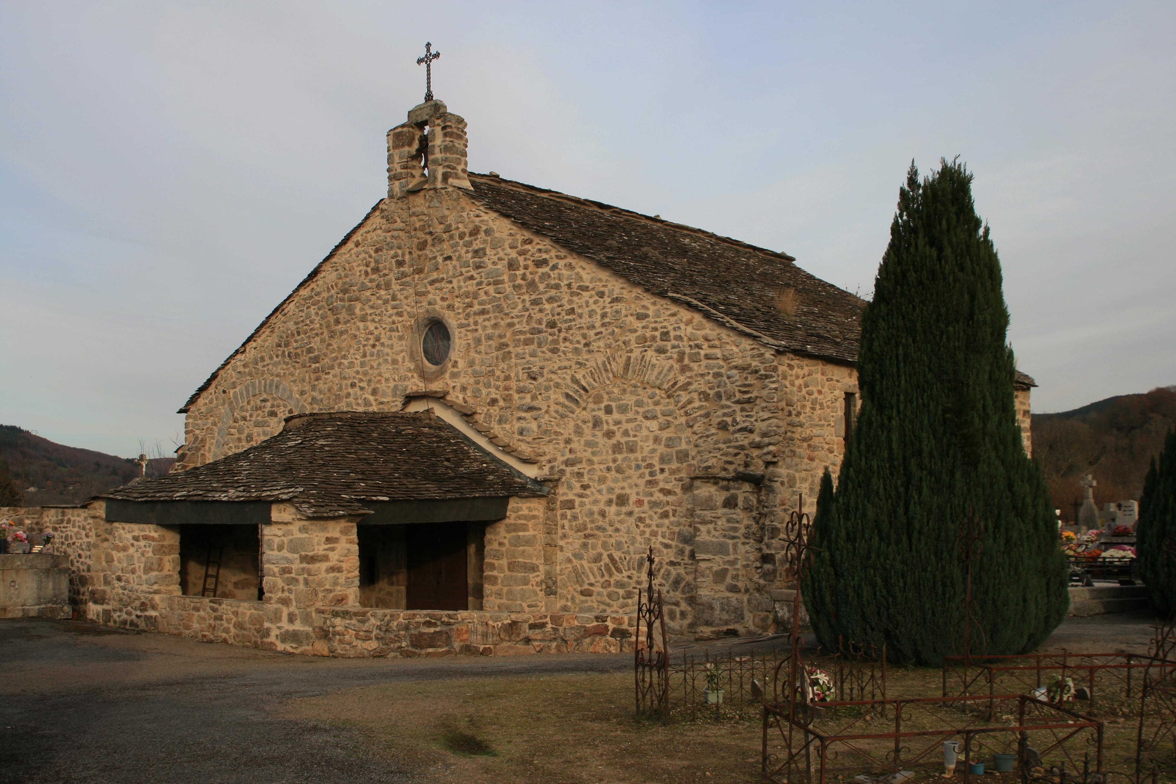 La Salvetat chapelle Saint Etienne de Caval