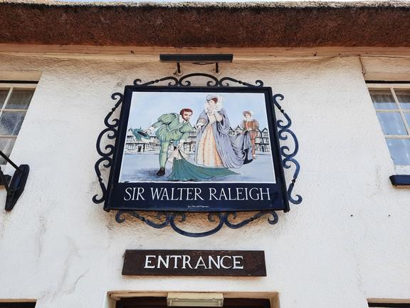 Walter Raleigh's Devon: East Budleigh - Shortwood Common (circular) 4 miles - O/S Landranger 192
