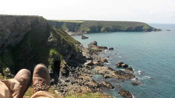 Portreath to Hell's Mouth and back