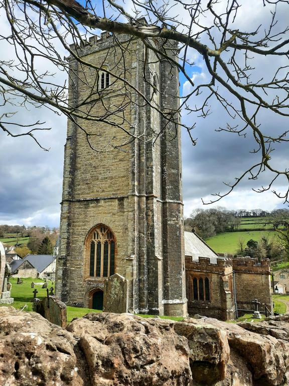 East Devon: Around Membury (circular) 3.5 mile stroll - O/S Explorer 116