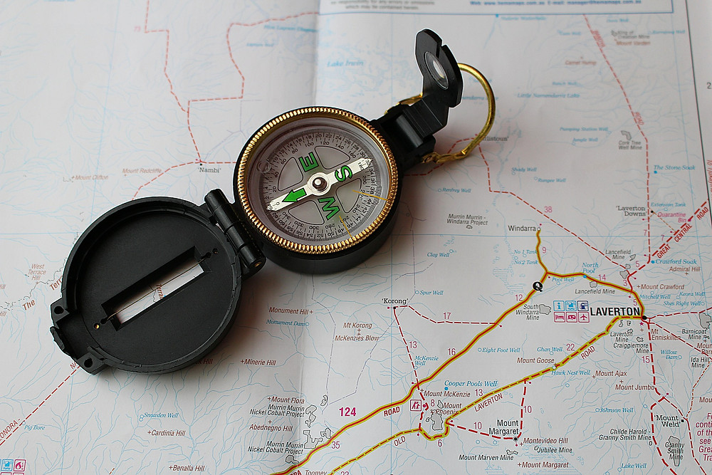 Like a compass provides navigation aid this 3 Easy Steps Guide provides guidance on using online learning to increase job performance