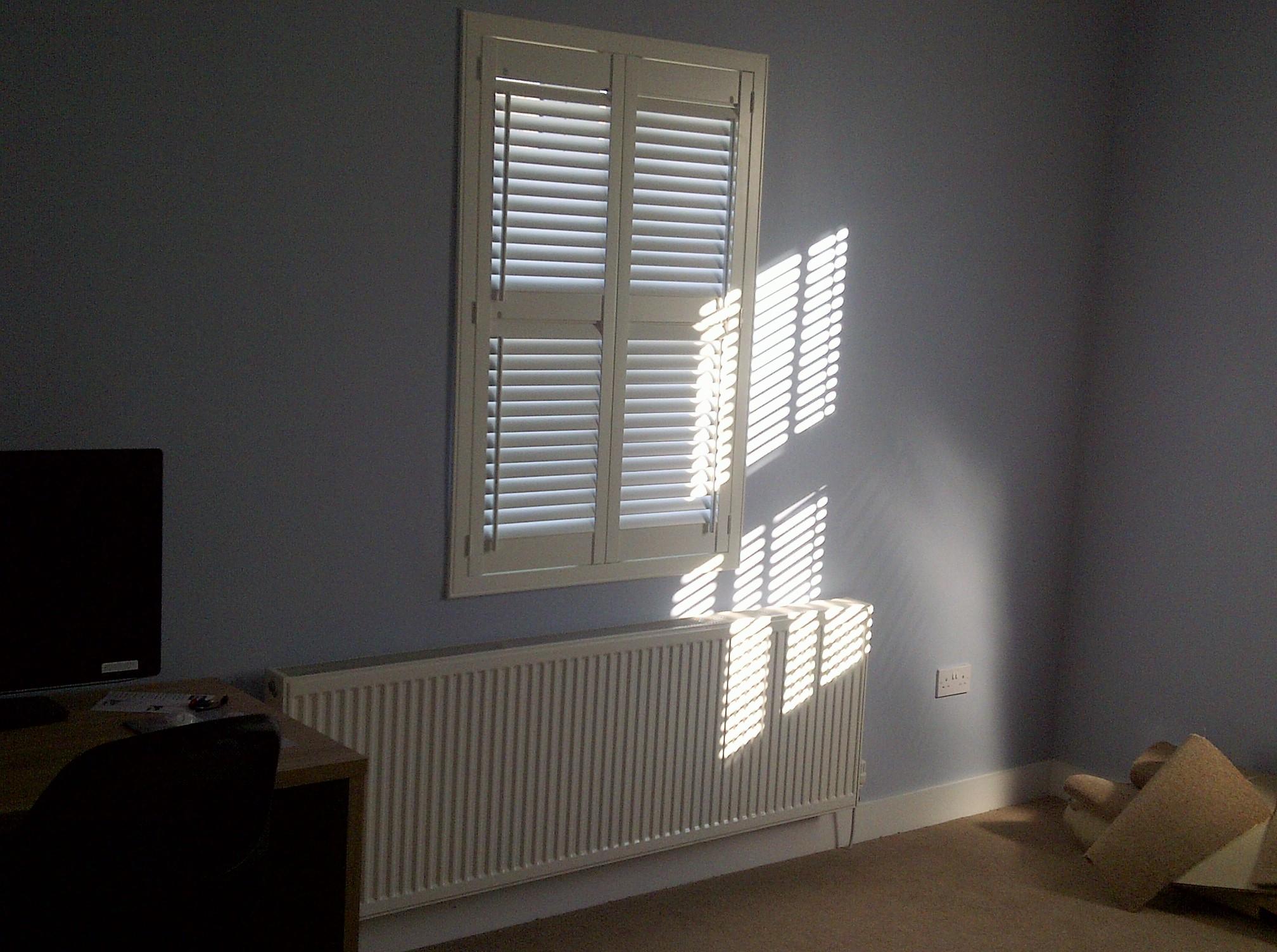 side tilt shutters