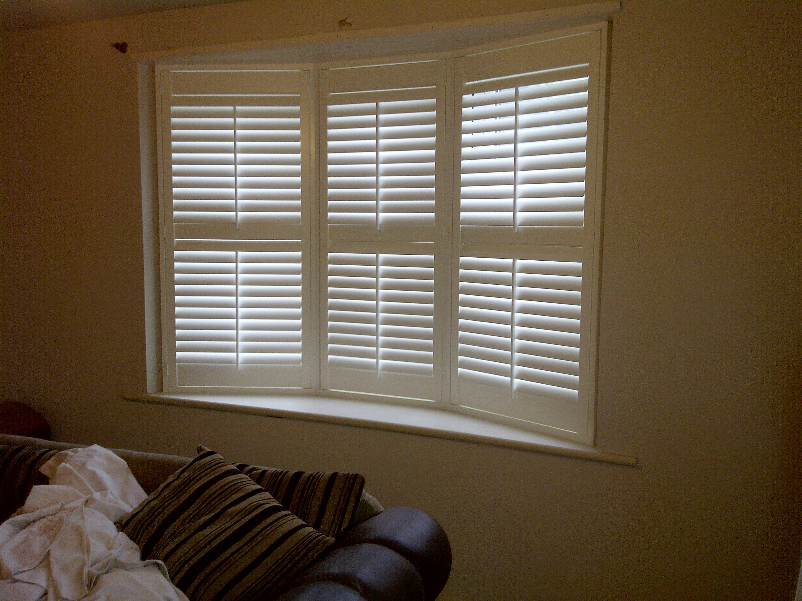 three splayed bay shutters