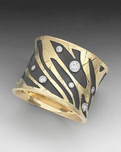 Crinkled Gold Zebra Ring