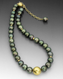 Tahitian Crinkled Gold Necklace