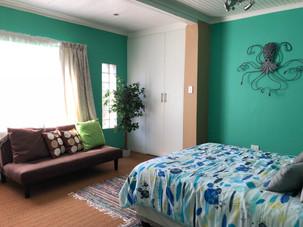 comfortable room in the divers villa.JPG