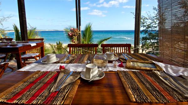 breakfast terrace2.jpg