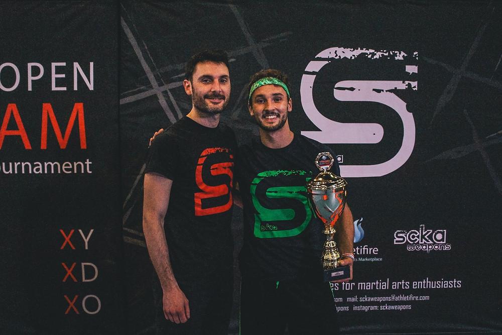 Tanguy Guinchard avec l'organisateur des compétitions artistiques, Stefano Scandola