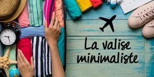 Valise avec vêtements multicolors