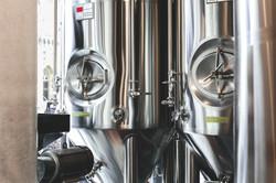 brewery-beer-tanks