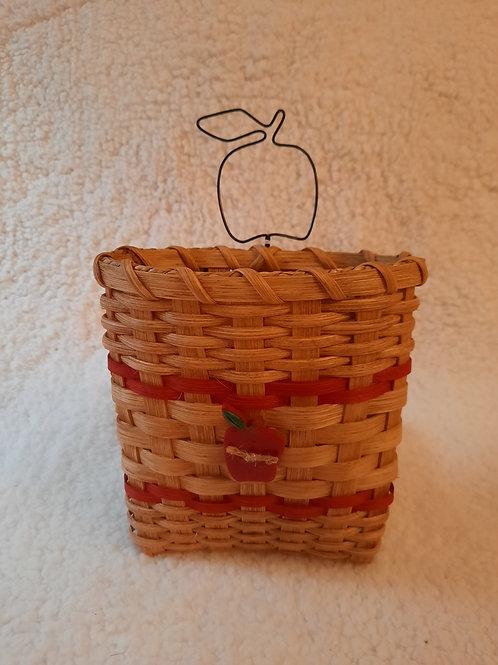 Apple Pocket Basket