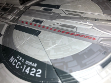 UnBoxing | Star Trek: Discovery Starship USS BURAN from Eaglemoss Collections
