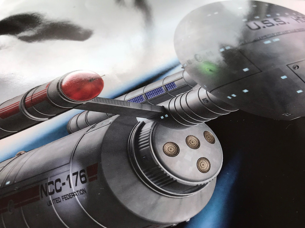 The illustrated cover featuring the Daedalus Class Starship.
