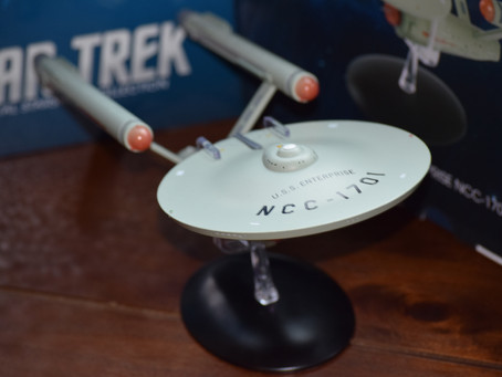 "In Collectibles :: Eaglemoss Collections USS ENTERPRISE ""Oversized"" Edition"