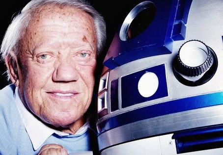 """Star Wars"" Actor Kenny Baker Passes Away"