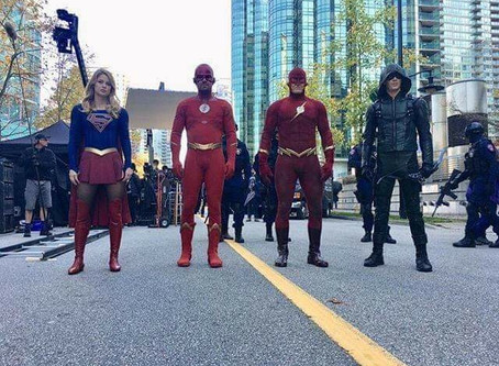 ICYMI | The CW's ELSEWORLDS 1990?!