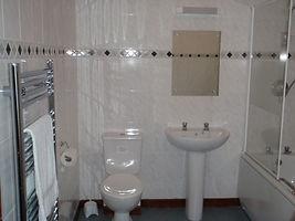 4bedbathroom.jpg