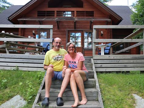 Saksalaiset Andrea ja Dirk Heuer pitävät Auhon rauhasta