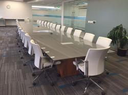 2d5b02cc89e78efbd6c7a331ef32b82e--conference-table-corporate