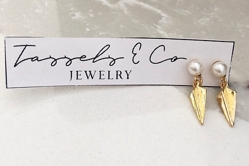 Tassels & Co Arrow Pearl Earrings