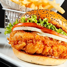 CRISPY CHICKEN SANDWICH / Medium size