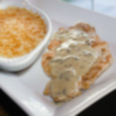 Pechuga de pollo con Yuca Mash