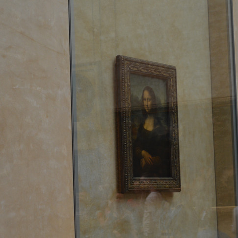 Mona Lisa. Louvre. Paris, France.